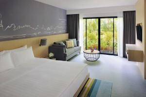 MHR Karon room
