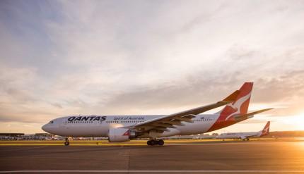 Qantas Boeing 737 2