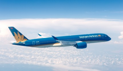a350_xwb_vietnam_airlines_in_flight_3