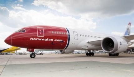 norwegian-787-dreamliner-by-steve-bates-cc-759x500