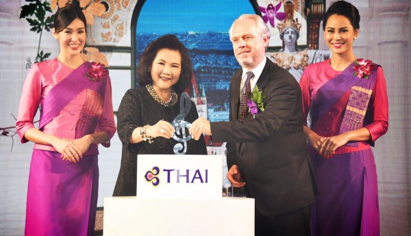 TG120-THAI-Hosts-Gala-Event-to-Launch-Flight-to-Vienna-1