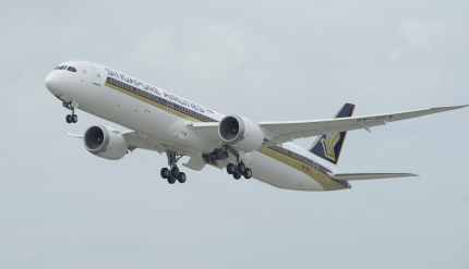 Flight Testing of the SIA 787-10 at Charleston