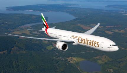 Emirates-Boeing-777-300ER--v3